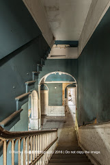 Crescent Staircase